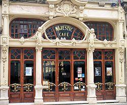250px-Porto_Cafe_Majestic
